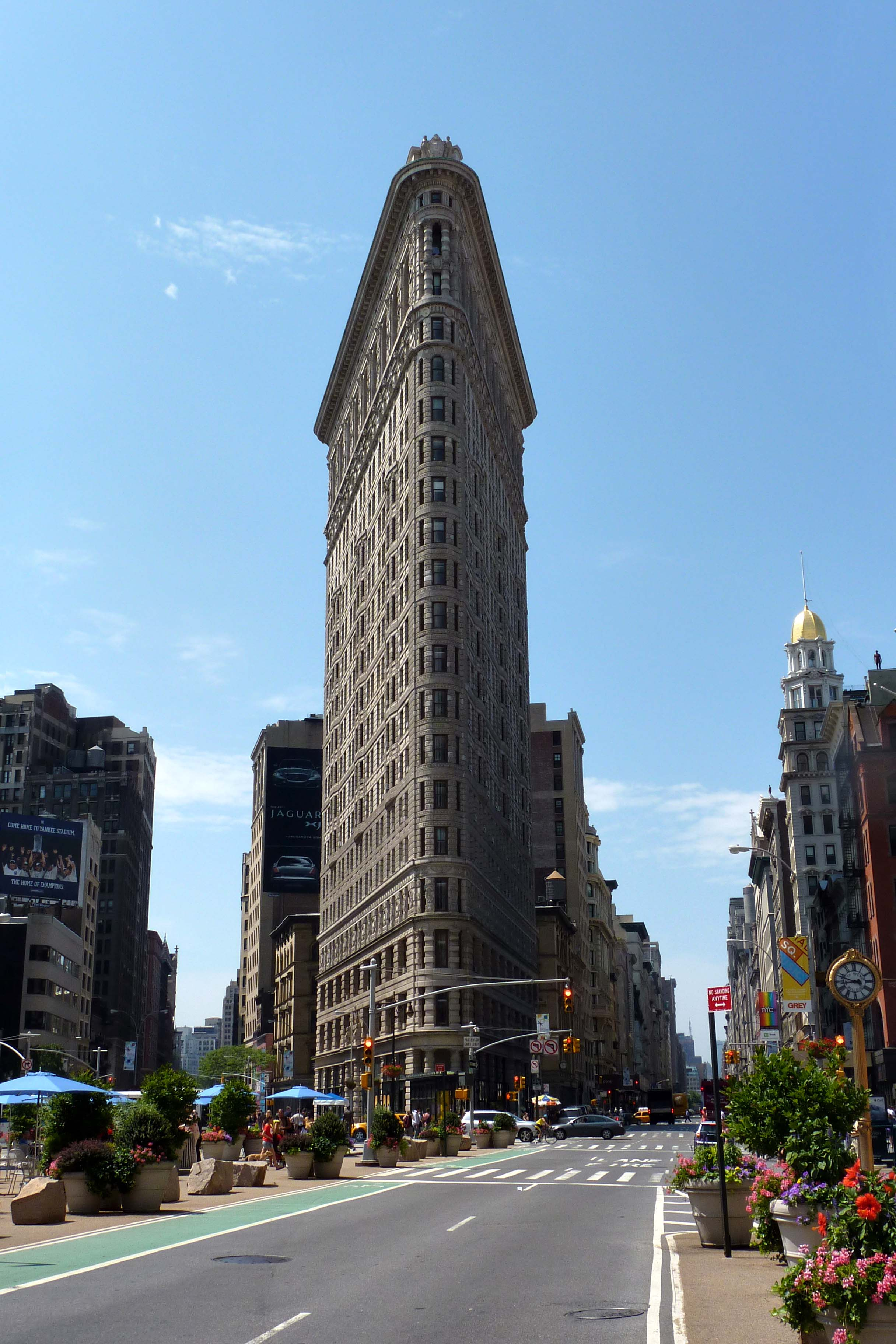 Reverse Due Date >> Flatiron building in New York on Freemages