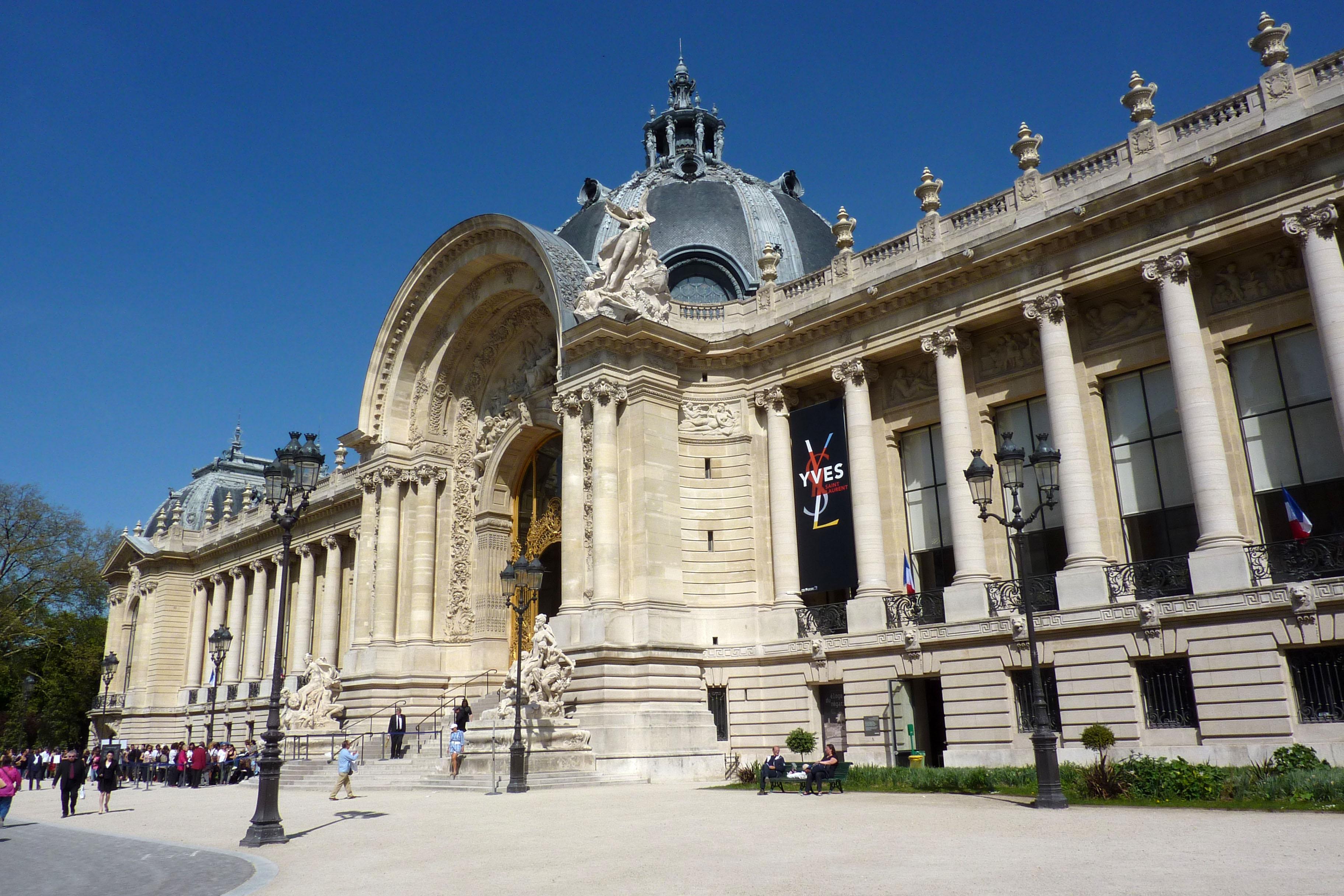 Hasil gambar untuk Le Petit Palais