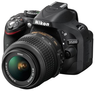 Nikon renews the entry level D5200